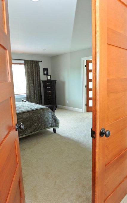 Master bedroom 1_low